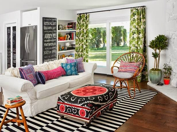 Traditional Living Room Boho Chic Vintage Eclectic Decor Accessories White Walls