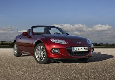 2013 Mazda MX-5 Roadster Coupe