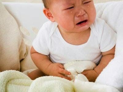 Chữa đau dạ dày cho bé như thế nào?