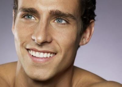 Homens Bonitos De Olhos Azuis