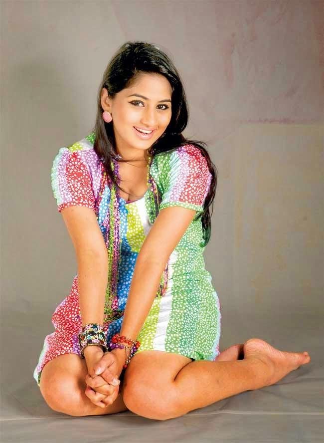 Sheshadri Priyasad legs