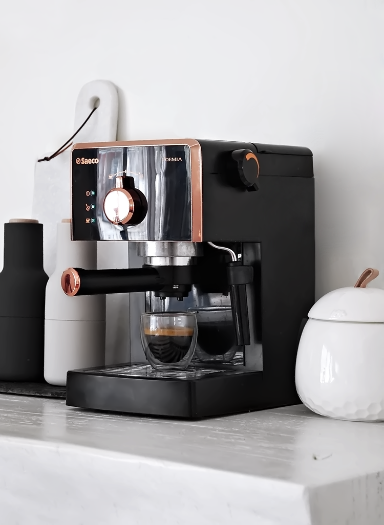my new espresso machine saeco poemia by philips only deco love. Black Bedroom Furniture Sets. Home Design Ideas