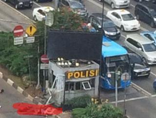 Foto Pasca Ledakan Bom Di Jakarta Thamrin