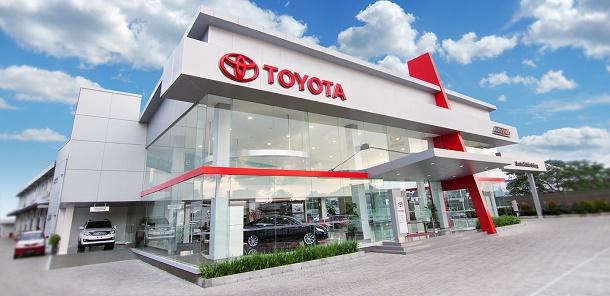 Showroom Toyota Auto 2000 Muara Karang, Jakarta Utara