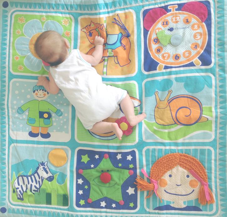 Estimulación de un bebé de tres meses - Hansel y Greta - Consejos