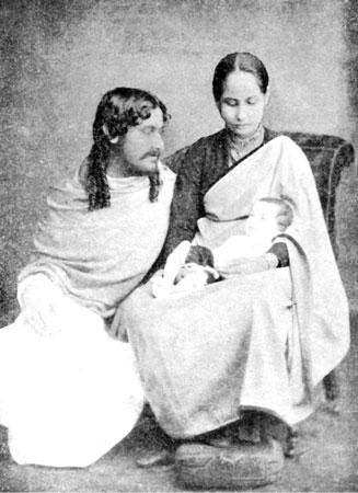 Rabindranath Tagore's 154th Birth Anniversary: Rare Photos of the Mastermind