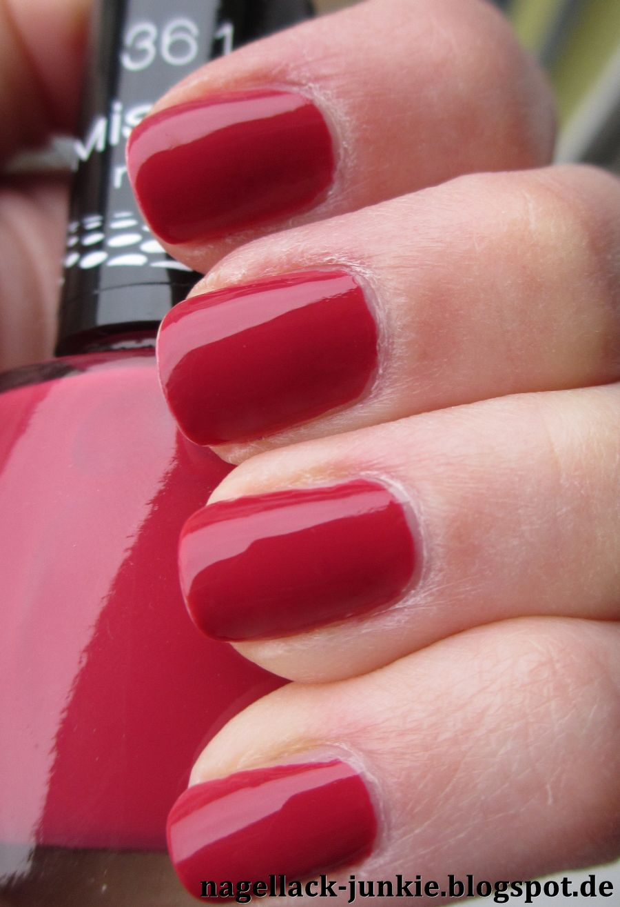 essie online dating Essie a-list: rated 47 out of 5 on makeupalley see 32 member reviews and photos.