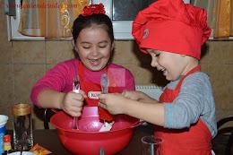 NOU PE CAIETUL CU IDEI: 10 idei de a petrece timpul impreuna cu copiii