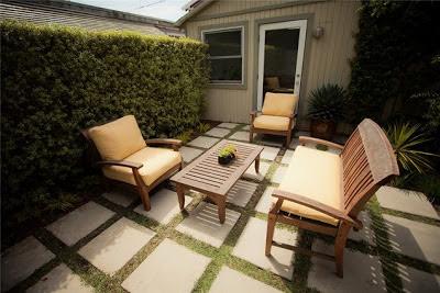 Dise os de patios peque os encantadores patios y jardines for Disenos de jardines y patios