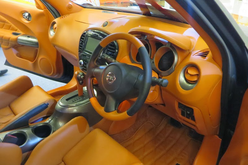 Modifikasi Interior Mobil Nissan Juke