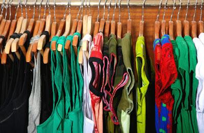 Perbedaan antara distro dan clothing