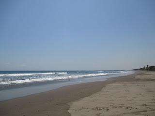 Tempat Wisata Pantai Rambut Siwi