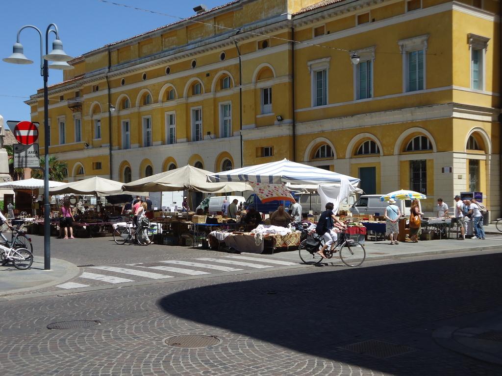 Il mercatopo mercatino di ravenna sabato 16 06 2012 - Mercatino ravenna ...