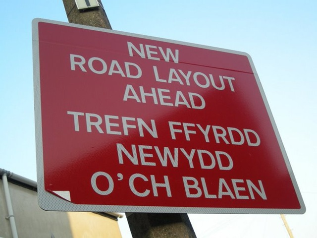 how to say sorry in welsh