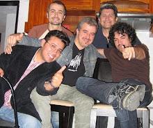 Amigos colegas en casa de Manjarrez