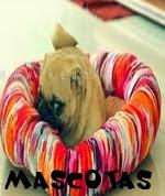 http://manualidadescontelas.blogspot.com.es/2014/01/cosas-para-mascotas.html