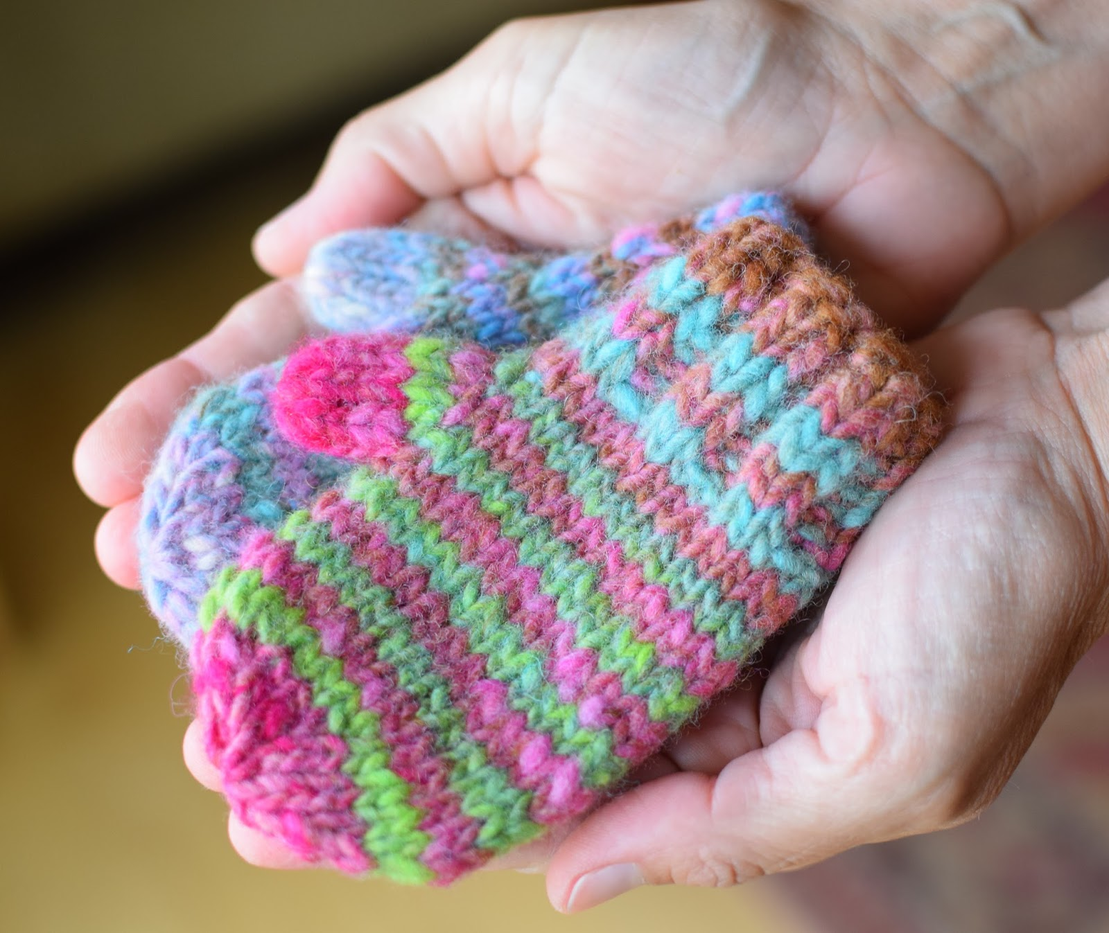 Susan B. Anderson: Waiting for Winter Mittens ~ Bigger and Now ...