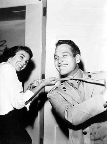 """Ava Gardner y Paul Newman durante el rodaje """"El juez de la horca"""" (1972)."""