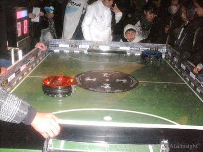 Robots juego de fútbol Tecnópolis