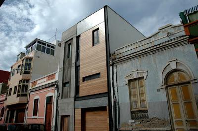 Crea estudio vivienda unifamiliar entre medianeras - Fachadas viviendas unifamiliares ...