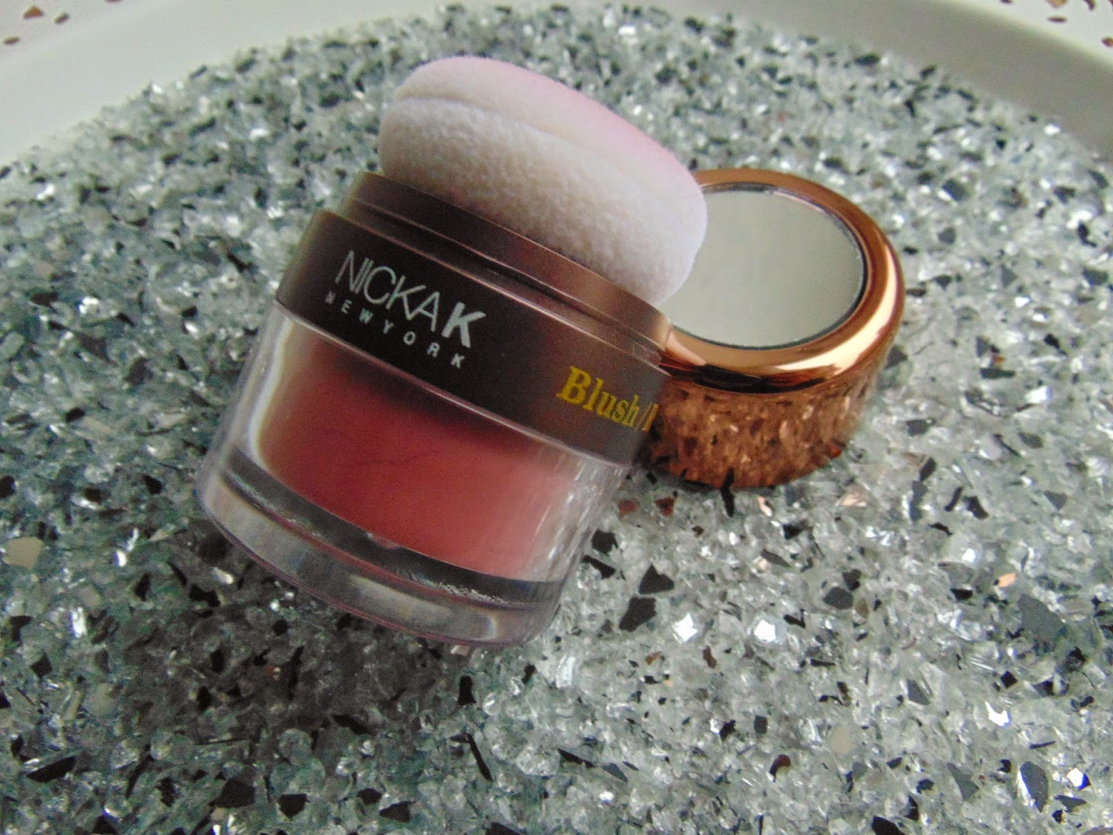 Nicka K New York - Colorluxe Powder Blush - www.annitschkasblog.de