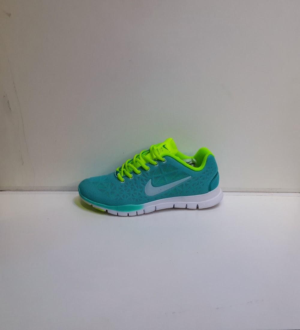 8537ed4616 Nike Free TR TRI 3 Women Original - Sepatu Nike