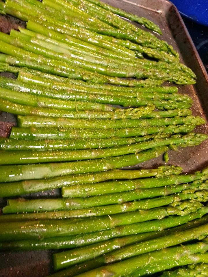 http://sharingwithmysisters.blogspot.com/2014/09/baked-fresh-asparagus.html