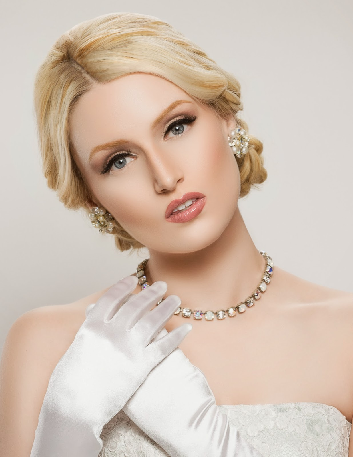 Romantic Wedding Makeup Looks : Easy Tips for Romantic Bridal Makeup Sherri Jessee