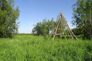 Памятный знак на месте поселения, река Шапкина