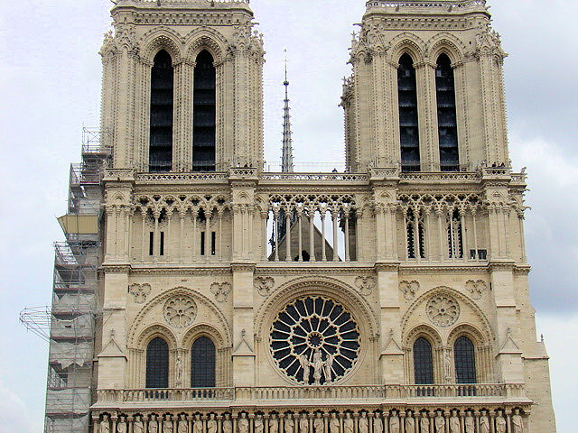 Notre Dame de Paris is probably the most famous Gothic cathedral in the world and another striking example from the early period. All content and photography unless specifically noted is the property of EuroTravelogue™. Unauthorized use is prohibited.
