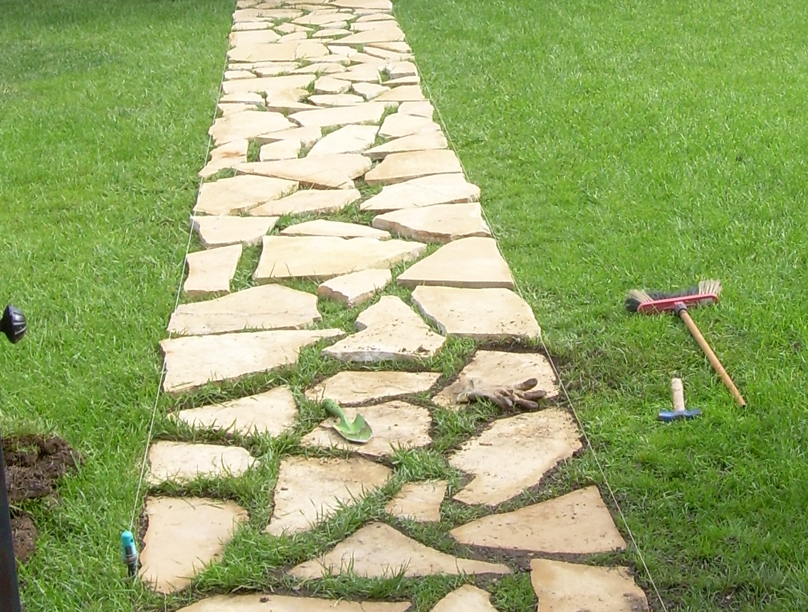 Jardiner a xavi casta o elije tu camino for Caminos de piedra en el jardin