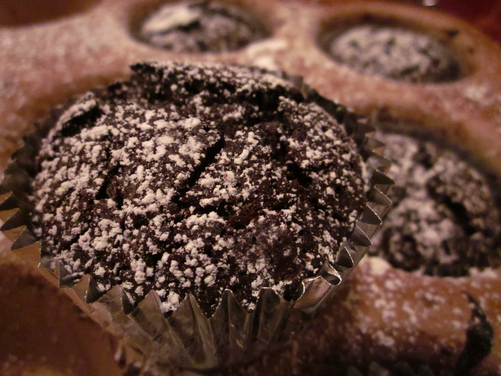 ... class who are gluten-free and nut-free: flourless chocolate cupcakes