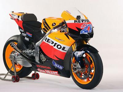2011 Repsol Honda RC212V MotoGP Photos