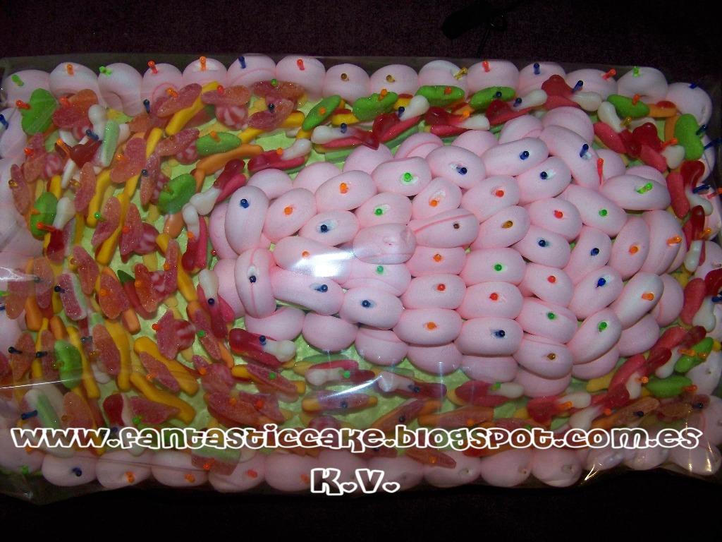 Tarta de Chuches de las Monster High - Fantastic Cake View Image