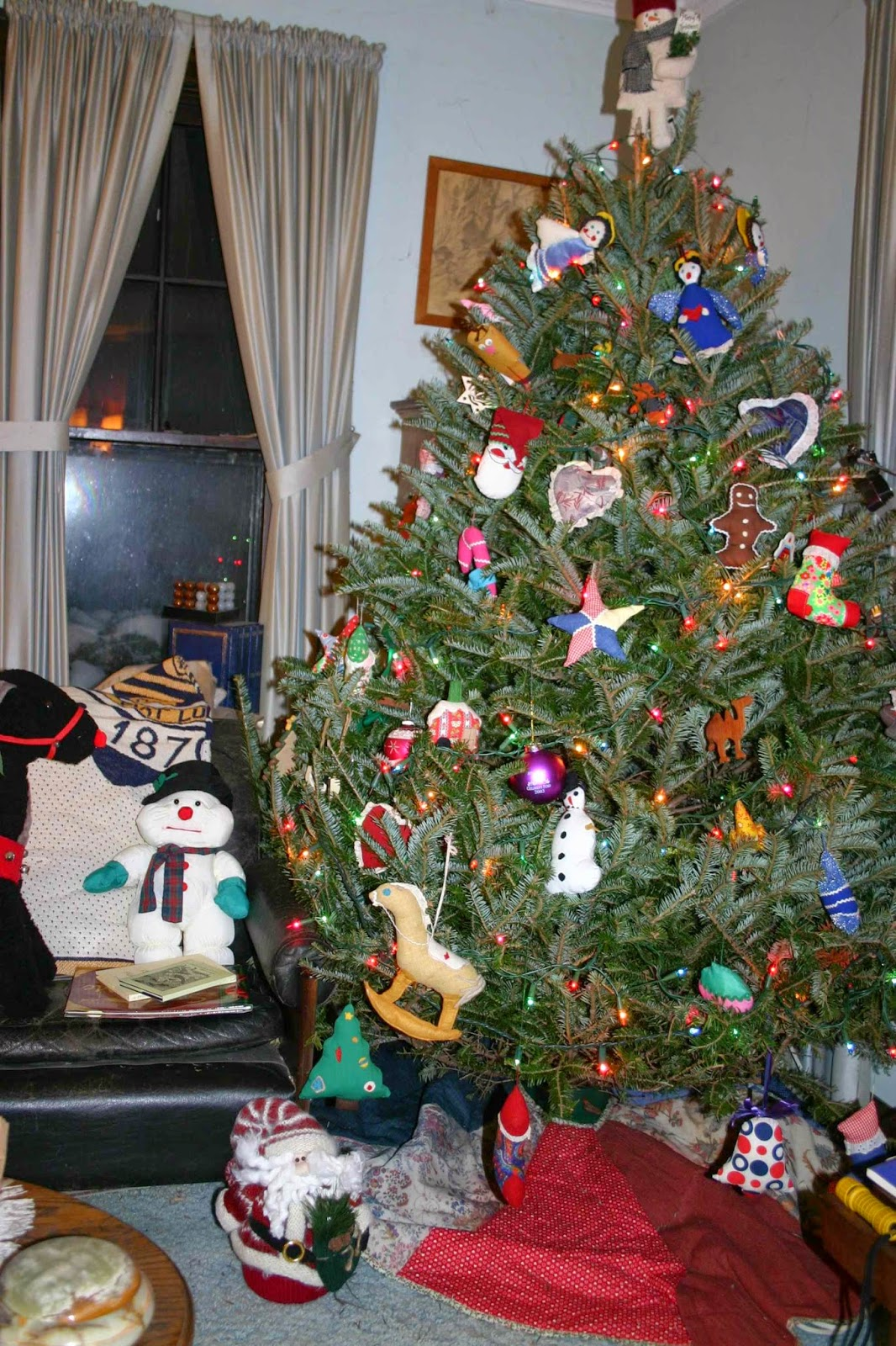 Life In The Middle Ages Christmas Trees - Medieval Christmas Tree