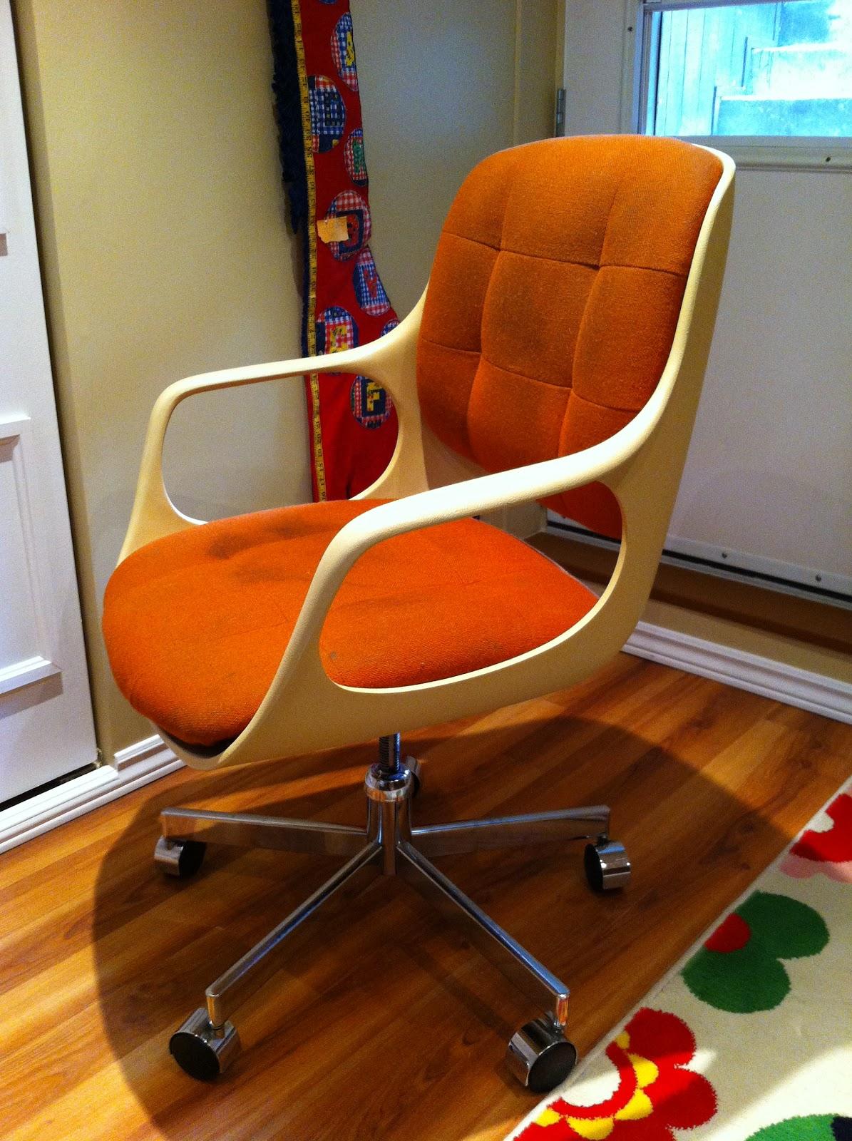 Chromcraft Furniture Circa 1975   Space Age
