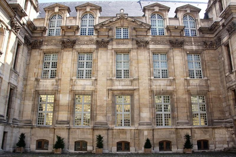 Paris : hôtel de Lamoignon