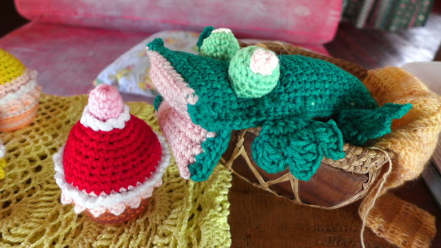 Free pattern crochet frog