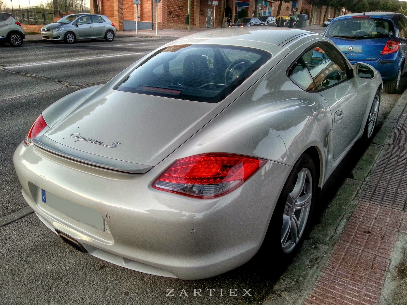 Porsche Carrera S - Auto insurance quotes online 3