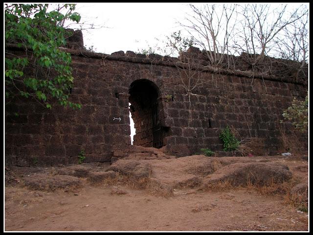 Chapora fort Gate