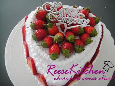 ReeseKitchen: Happy Birthday Honey ~ Simple Fruit Flan Cake