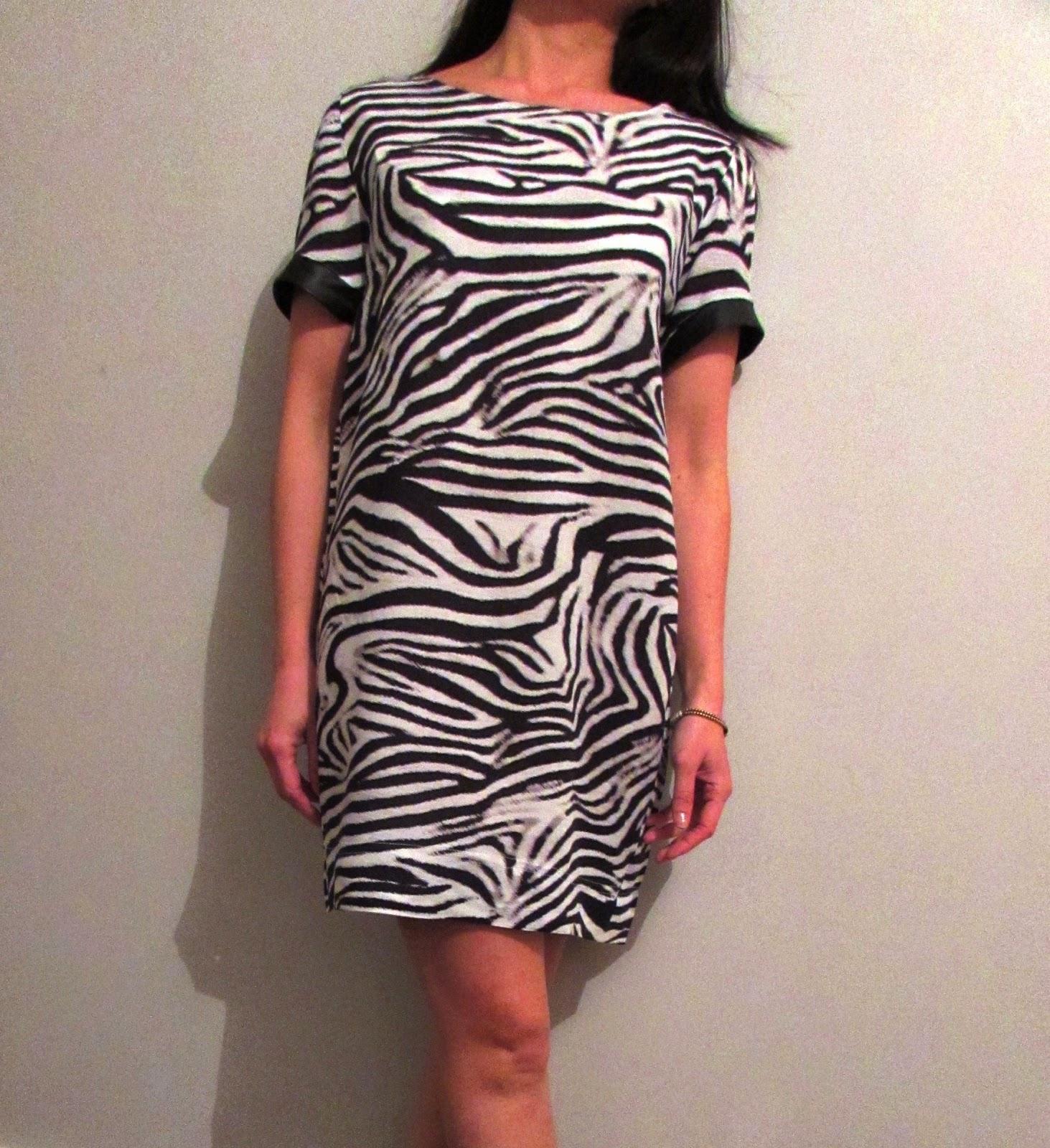 Robe Inari zebre