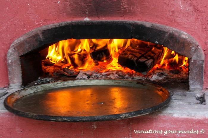 farine de pois chiche, huile d'olive, tradition niçoise, nice, cuisine niçoise