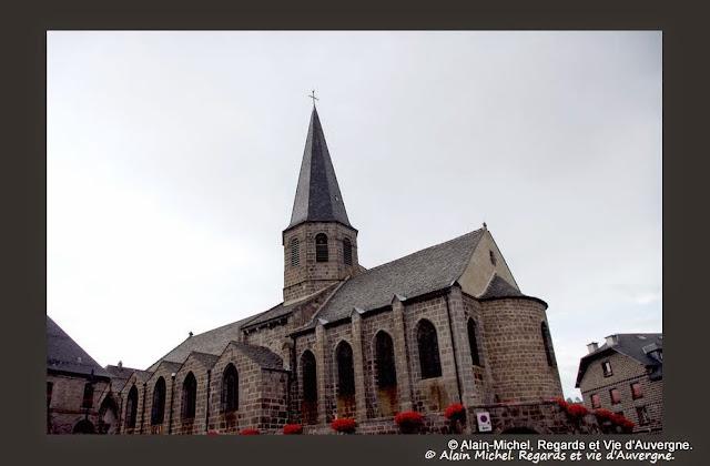 Besse, l'église saint André.