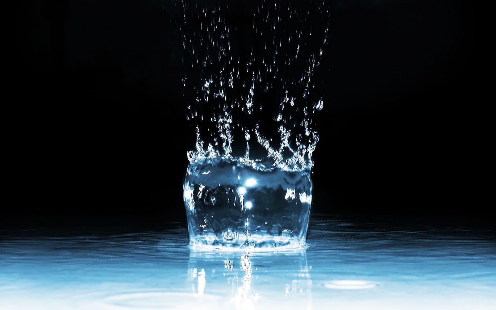 http://4.bp.blogspot.com/-DBA73NYBDT0/Tu3fyC8R73I/AAAAAAAACYU/gFIdl04Fgz0/s1600/Beautiful_water_drops_Wallpapers.jpg