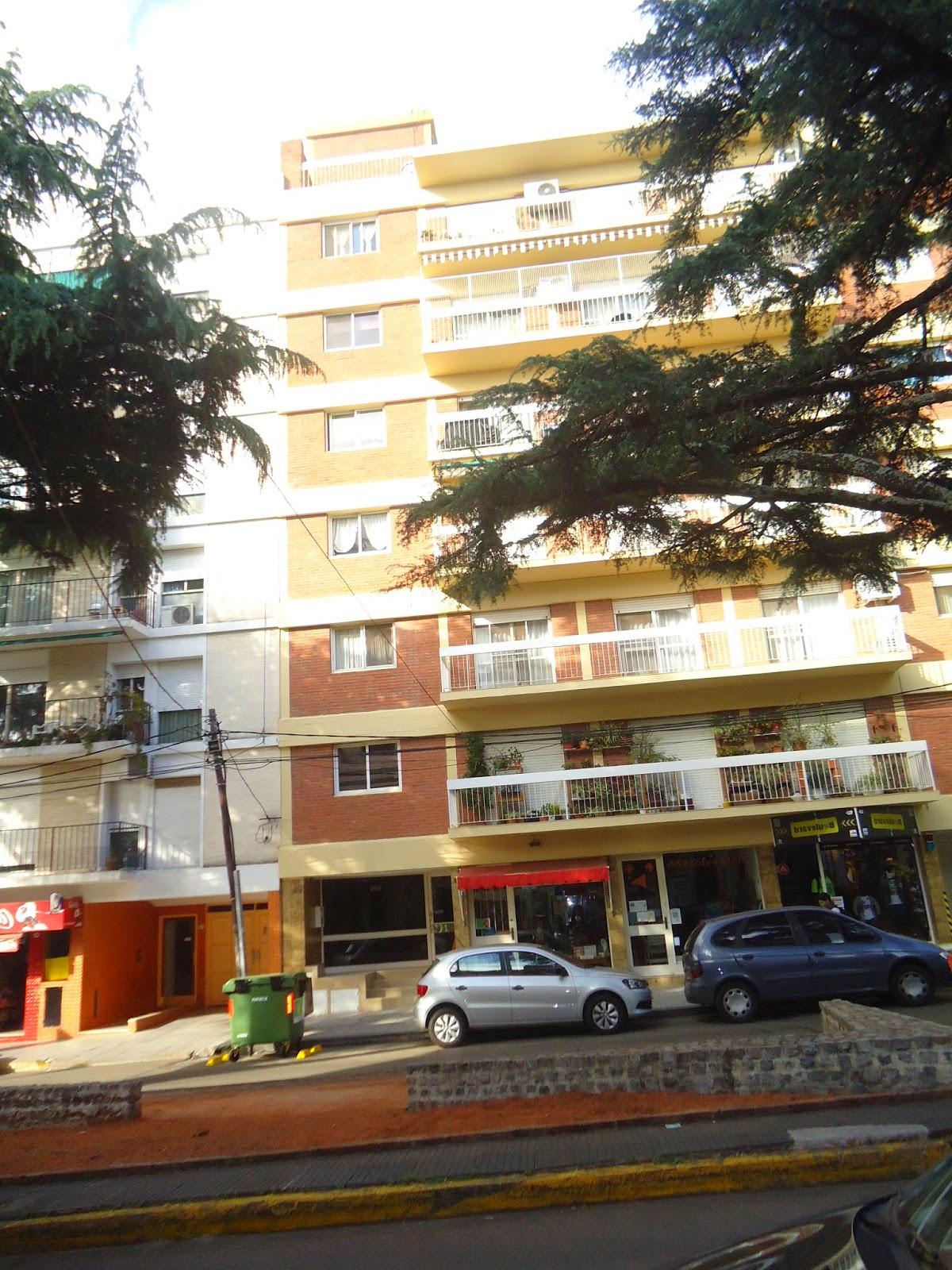 Trabajos de altura en edificios con impermeabilizacion de terrazas.
