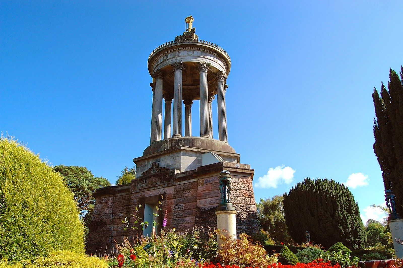 Robert Burns Monument in Alloway, Scotland