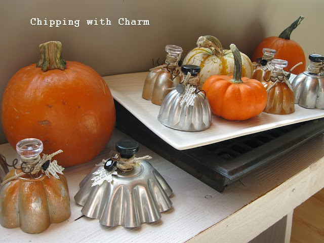 Chipping with Charm: Mini Mold Pumpkins...http://www.chippingwithcharm.blogspot.com/