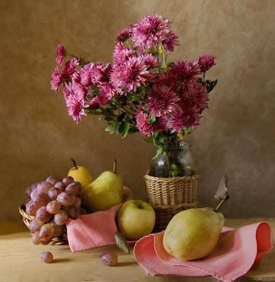 bodegon-realista-con-flores