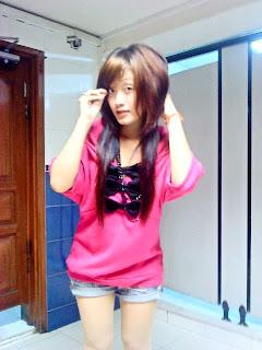 Khmer girl Coca Mini with short jean 5